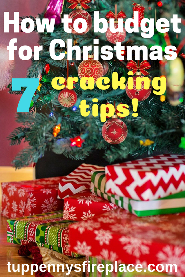 Work out your Christmas budget and start saving money. Budgeting tips for Christmas and ways to save money.  No need to go into debt to pay for Christmas when you can save every year. #christmassavings #saveforchristmas #christmas #savings #savemoney savingmoney #moneygoals