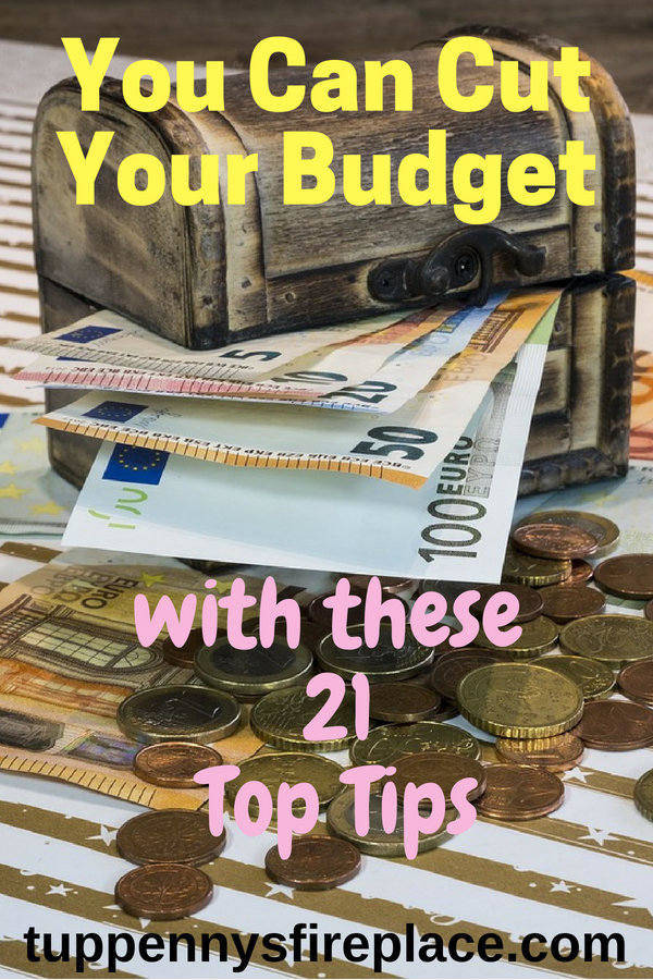 21 budgeting tips to help you create your perfect budget. Whether you need budgeting for beginners or to find ways to save money saving, these tips will help you achieve your money goals. Become debt free and save money with this great budgeting advice. #moneygoals #savemoney #payoffdebt #debtfree #budget #budgettips #finance #budgeting