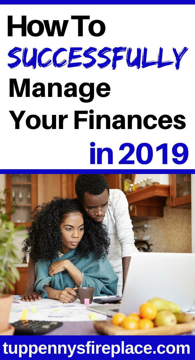 I really need to learn how to manage my finances this year. These personal finance tips and advice will help me with my budgeting and investing money. #managemoney #personalfinance #moneyadvice